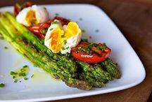 Paleo / Grain-free ideas for making Paleo more appetizing. / by Susi Elmstedt