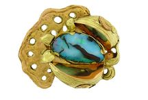 Jewelry: brooches and pins / by Olissima Gallery