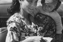 Gypsys, Vardos & Caravans / by Cathy Grossi