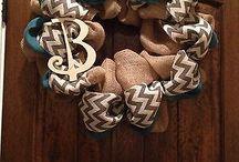 wreaths / by Danielle Bond