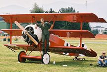 Planes & Aviators / by andreas breuer
