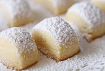 Sweet foods....yum! / Deserts / by Julie Pierce