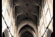 Gothic Architeture / by Raquel Tatiyama