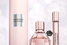 Meus preferidos / Perfume,makes,pincéis,... / by Alexandra Pietra