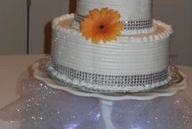 Wedding cakes / by Pam St lawrence