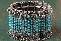 accessories / by Soha Elshoura