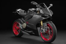 Hot motorcycles / by Jacob Meager