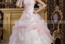 Свадебные платья / by Topwedding