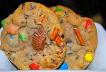 Cookies / by Clare Hansen