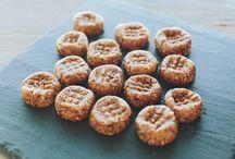snacks / by Naomi Power