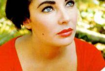 Make-Up I Love / by Julie Baker