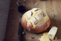 Food: Bread / by Rhea Luz