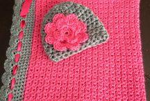Crocheting / by Laura Wieczorek