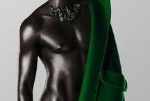 Black or Black / by Lucia Yoli