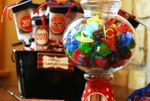 Graduation Party Ideas / by Dierdra Pressley