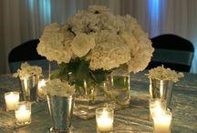 wedding ideas<3 / by Brandi Sholar