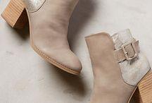 Winter boots / by Stephanie Wynne