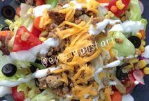 salads and wraps / by Jessica Grosslein