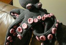 Crochet/Knitting Crafts / by Tylar Pattie