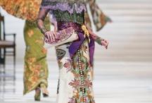 Batik, Kebaya-gorgeous ever from Indonesia / by zulifar eswin