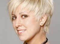 hair ideas / by Janette Shapland