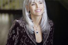 Aging Gracefully / by Carol Epstein