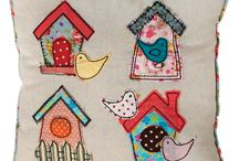 gallinitas y pollos / by Rosi Cabello Dominguez