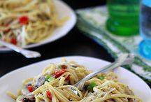 yummy food / by Michelle Puhr Ciletti