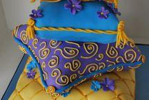 Cakes / by Noelia Ortiz-Mujica
