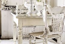 Antique White / by {em}eline Seet