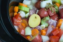 Slow Cooker Recipes / by Gabriela Contreras