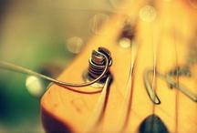 #guitares / by Estelle Chauvey