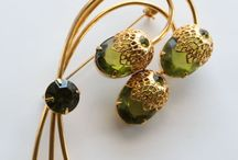 Tragically Retro Jewelry / by Heather Braman