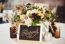Wedding Flowers & Centerpieces / by Katelyn Pacitto
