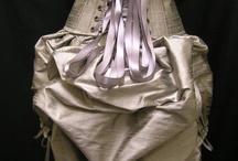 corset / by Isabelle Savoie