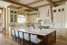 Kitchens / by Jackie Belin