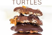 Desserts / by Hope Travis Crawford