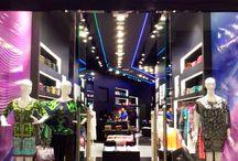 New opening: Egypt / Luces de neón sobre fondos negros minimalistas. Bienvenidos a nuestra nueva tienda Neon lights and black minimalist backgrounds. Welcome to our new store / by Custo Barcelona