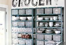 Kitchens / by Kristy Swain