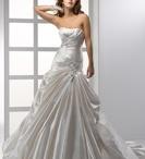 Wedding Vow Renewal ideas / by Diana Cruz