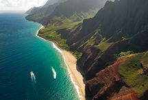 """Hawai'i / """"Hawaii is not a state of mind, but a state of grace."""" Paul Theroux / by Helen S."""