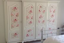 "PAINTED "" VINTAGE "" FURNITURE!!!.... / by Granny Cox"