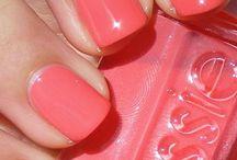 Nails, Makeup & Skincare / by Sara Nolting (3.6.5 Design)