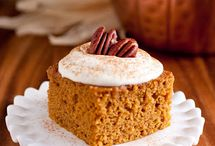 Food - Cake/Cupcakes/Pie / by Debra Shaw