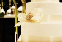wedding cake stuff / by InezipPreisterhtq