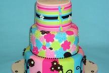 Cake Inspirations / by Jessica Venegas