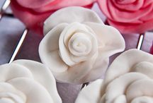Cake decorating / by Sara Hildebrand