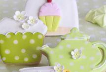cookies & cupcakes / by Lourdes Ortiz Rodriguez