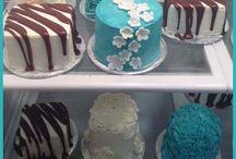 Mini Cakes / by Michelle Altman