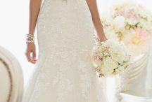 Wedding Dresses / by Jessica Watson